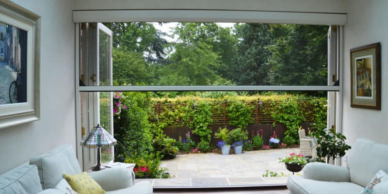 Retractable Screens For Insect Control
